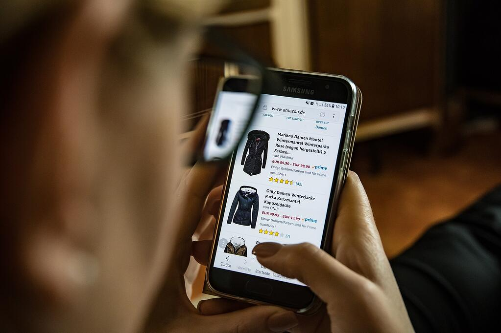 online-shopping-trends-dec-04.jpg